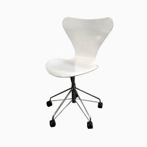 Chaise à Pivot Butterfly Série 7 par Arne Jacobsen pour Fritz Hansen