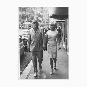 Der britische Schauspieler Stewart Granger und seine Frau - Vintage Photograph - 1960s 1960s