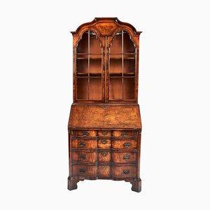 Antiker Queen Anne Revival Bücherschrank aus Nussholz Bureau