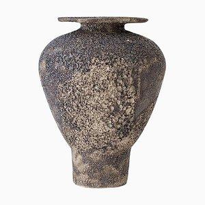 Isolierte N.7 Steingut Vase von Raquel Vidal und Pedro Paz