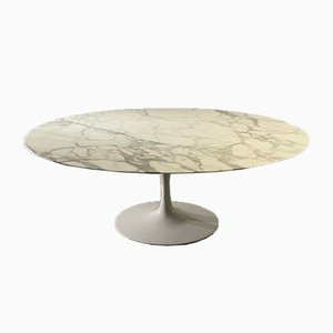 Carrara Marble Tulip Dining Table by Eero Saarinen for Knoll Inc. / Knoll International, 1970s