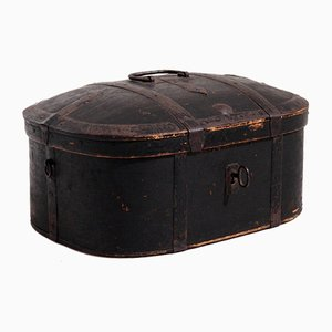 Swedish Painted Trunk with Original Key, Lock and Hardware, 1720s