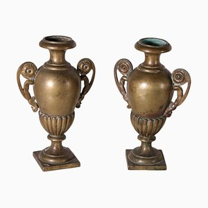 Italienische Griffvasen aus vergoldeter Bronze, 2er Set, 19. Jh