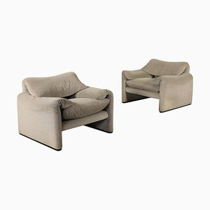 Maralunga Armchairs in Foam & Fabric by Vico Magistretti for Cassina, 1980s, Set of 2