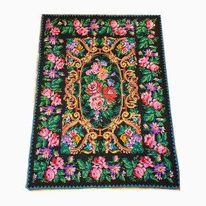 Großer Handgemachter Rumänischer Floraler Teppich, 1970er