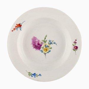 Piatto Meissen antico in porcellana dipinta a mano con decorazione floreale