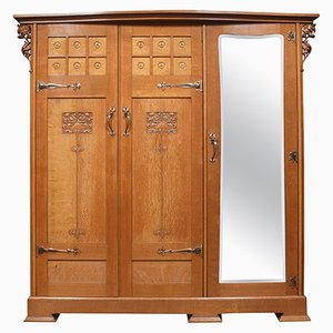 Arts and Crafts Eichenholz Kleiderschrank mit 3 Türen