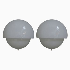 Italian Mania Space Age Wall Lamps in Glass by Vico Magistretti for Artemide, 1970s, Set of 2