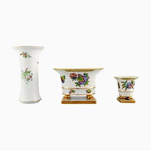Herend Vases in Hand-Painted Porcelain with Flowers and Gold Decoration, Set of 3