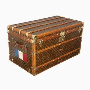 Baúl de viaje con monograma de Louis Vuitton, años 30
