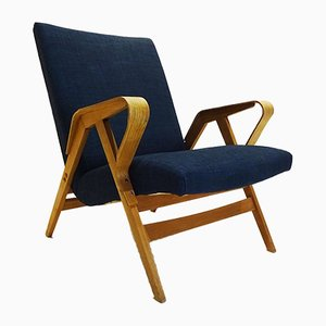 Vintage Bentwood Model 24-23 Lounge Chair from Tatra Nábytok Pravenec, 1950s