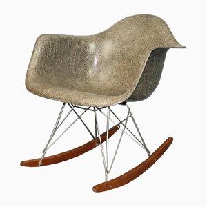Grauer RAR Schaukelstuhl von Charles & Ray Eames für Zenith Plastics & Herman Miller, 1950er