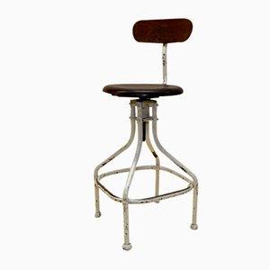 Französischer Industrieller Werkstatthocker aus Cremefarbenem Metall & Holz mit Stuhl Rückenlehne aus Flambo, 1950er