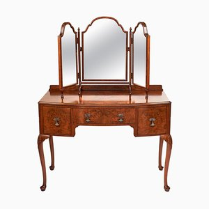 Antique English Queen Anne Style Walnut Bow-Front Kneehole Dressing Table, 1920s