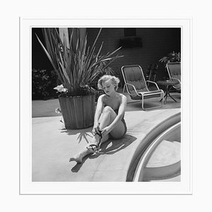 Marilyn Monroe Silver Gelatin Resin Print Framed in White from Galerie Prints