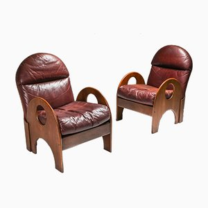 Arcata Burgundy Leather & Walnut Lounge Chairs by Gae Aulenti for Poltronova, 1968, Set of 2