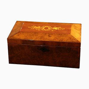 Neoklassizistische Biedermeier Schachtel aus Walnuss Furnier, Süddeutschland, 1840er