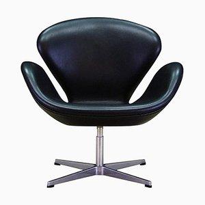 Sedia Swan in pelle di Arne Jacobsen, anni '20