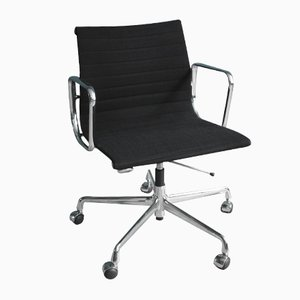 Vintage EA 117 Office Chair from Charles & Ray Eames for Vitra
