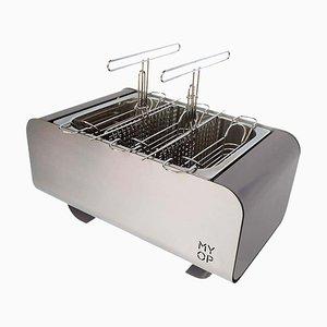 Grauer Transportierbarer Barbecue Grill mit kompakter Vertikaler Küche von MYOP