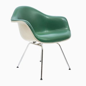 Poltrona Dax Mid-Century in pelle verde di Charles & Ray Eames per Herman Miller, anni '60