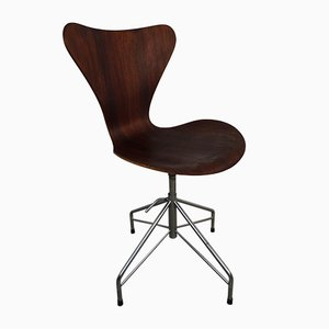 Sedia girevole 3117 Mid-Century di Arne Jacobsen per Fritz Hansen