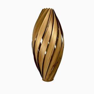 Lampada da terra Atmospheric Ambience in legno di noce satinato di Manuel Döpper per Gofurnit
