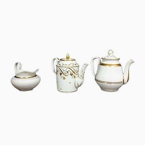 Brocche Napoleone III in porcellana bianca e dorature, set di 3