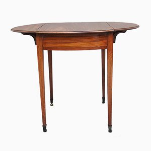 Early 19th-Century Mahogany Pembroke Table