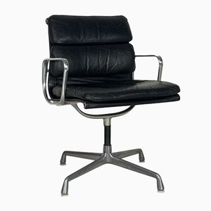 Vintage Black Leather Soft Pad Group Chair by Charles & Ray Eames for Herman Miller, 1970s