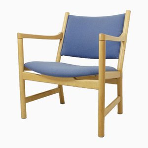 Mid-Century Model CH52 Armchair by Hans J. Wegner for Carl Hansen & Son