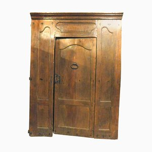 17th Century Italian Entrance Door in Carved Walnut