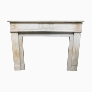 Antique White Marble and Carved Central Cup Fireplace Mantel, France, 1700s