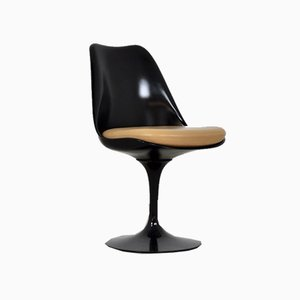 Mid-Century Black Side Chair by Eero Saarinen for Knoll Inc. / Knoll International