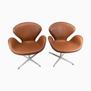 Model 3320 Swan Chairs by Arne Jacobsen for Fritz Hansen, 1980s, Set of 2