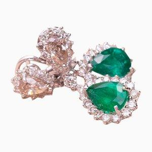 Smaragdgrüne Ohrringe mit Perle
