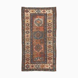 Antiker Kazak Teppich in geometrischem Beige mit Border und Diamanten