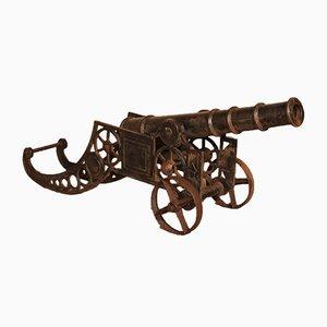 Cañón inglés decorativo de hierro fundido de finales del siglo XIX