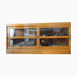 Antikes Kirschholz Sideboard mit Schiebetüren aus Glas