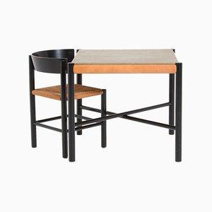 Tavolo e sedia di Mogens Lassen per Fritz Hansen, anni '60, set di 2