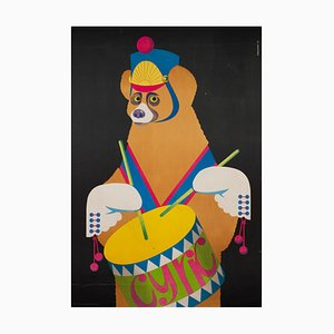 Polnisches R1982 CYRK Drumming Bear Poster von Gustaw Majewski, 1982