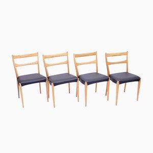 Skandinavische Eichenholz Esszimmerstühle mit Schwarzen Ledersitzen, 1950er, 4er Set