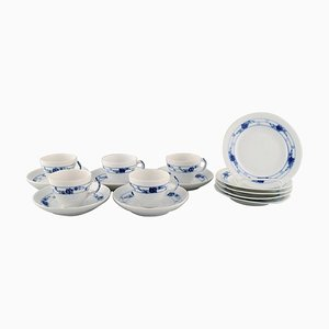 Early 20th Century Royal Copenhagen Rosebud / Blue Rose Coffee Service for Five People, Set of 15