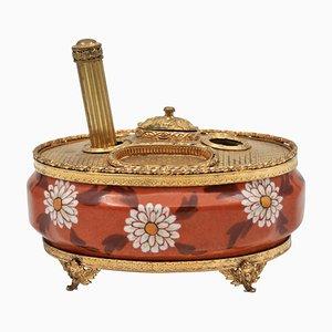 Antikes Tintenfass aus vergoldetem Messing und handbemaltem Limoges-Porzellan