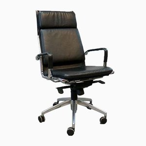 Model 10 2003 German Desk Chair