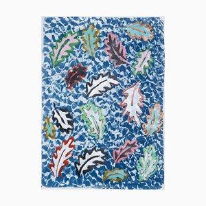 Foglie botaniche che galleggiano su una piscina Supporti misti colorati con cianotipo, 2020
