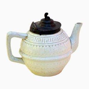 Kleine viktorianische weiß getünchte Teekanne aus Eisen aus Eisen mit Zinndeckel, 1860er