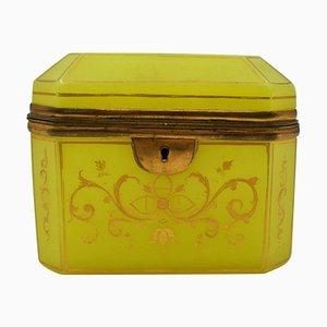 Antike Gelbe Opalglas Box