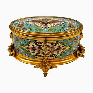 Antique Box in Gilt and Chiselled Bronze