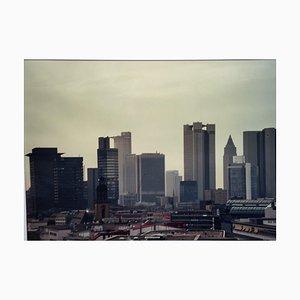 Frankfurt / M Skyline Mainhattan Kranich bemalt, 1970 / 80er, Fotografie